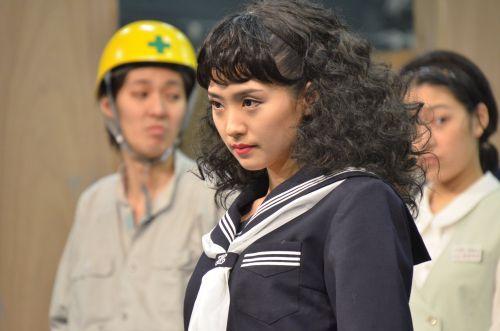 へそ 日本 人 の 「日本人のへそ」を見る: 芝居遊歴控